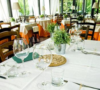 menu e piatti con asparagi tempo di asparagi cucina tradizionale piemontese e torinese piatti